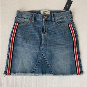Abercrombie kids denim skirt with side stripe